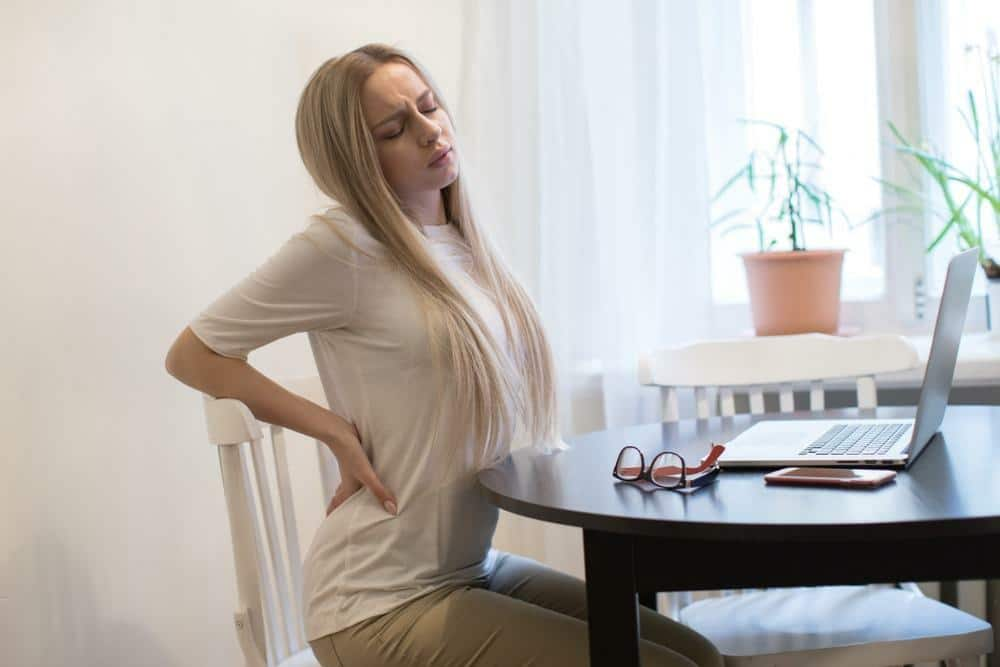Back pain is treated with Chiropractic and acupuncture in omaha